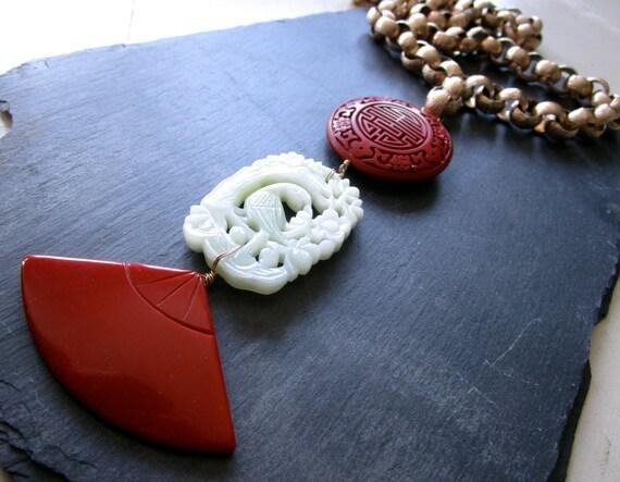 sale ode to grace pendant necklace vintage bakelite jade