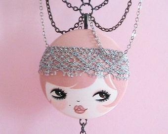 Daisy Doll face Necklace