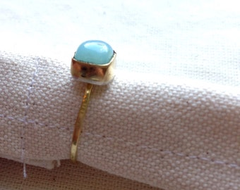 REDUCED 18K gold ring with an andean opal