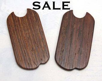 Vintage Dog Tag Wood Pendants (8X) (NS505) SALE - 50% off