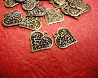 30pc antique bronze metal leaf charm-3023