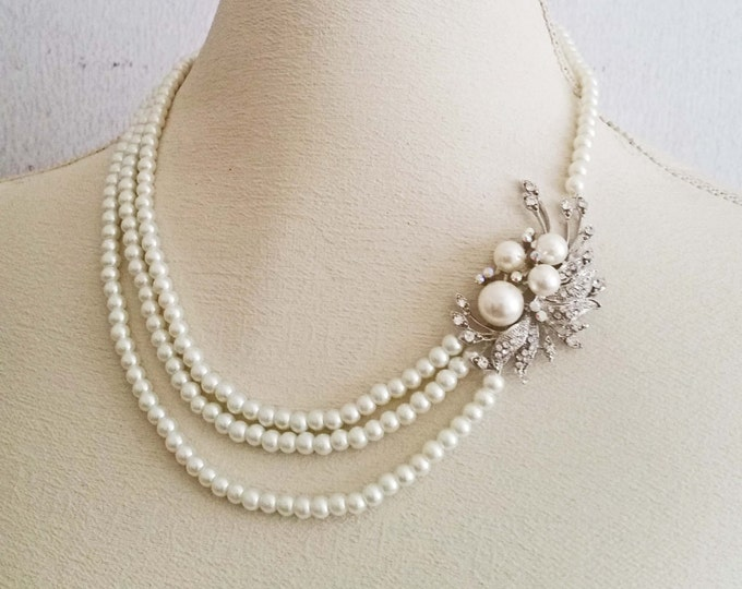 Vintage Style Pearl and Rhinestone Bridal Necklace