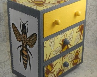 Custom Yellow and Gray Bee Stash Jewelry Box