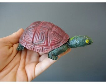 Vintage Turtle - Made in Hong Kong -  Plastic Turtle - Tommy and Tammy