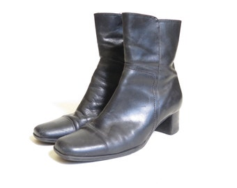 Vintage Italian Leather Monkey Heeled Boots size 7 and a half