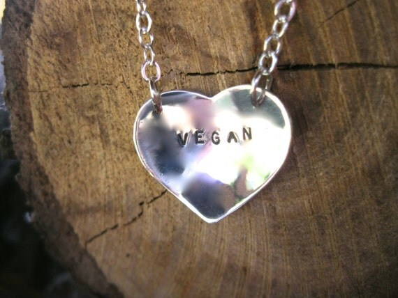 Romantic gifts for vegans: heart necklace
