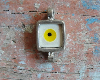 Evil Eye Connector White and Yellow