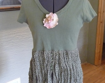 Upcycled Shirt, Refashion Clothing, Urban Chic, Green Top, Recycled Clothing, Green Buttons, Gold Specks,Pink Flower,Unique Clothing,Crinkle