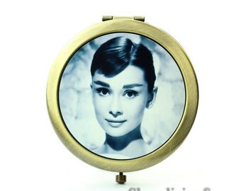 1pcs Audrey Hepburn Pocket Mirror, Compact Mirror, Antique Bronze Silver Gold Makeup Mirror, Personalized Mirror - HPM010B