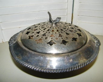 Silverplate Silverplated Covered Casserole Dish Fish Finial Pierced Lid 7496