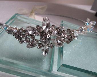 Bridal Hair Accessories/ bridal hairpiece/ New handmade vintage style side tiara