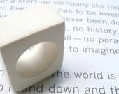 White square resin ring / Minimal resin ring / Size 6