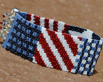 AMERICANA 2-drop Peyote beaded bracelet cuff in Red, White, and Blues