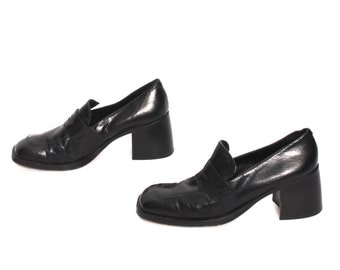 size 7.5 GUESS black leather 80s 90s PLATFORM GRUNGE goth loafers high heel boots