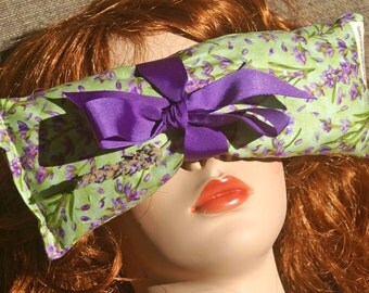 Lavender Eye Pillow - GREEN - Yoga, Meditation, Stress, Aromatherapy, Therapeutic, Lavender, Calming, Sleep, Lavender print
