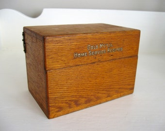 Vintage Wooden Recipe Box with Recipes and Label