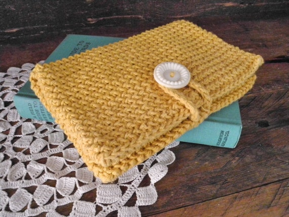 Crochet Clutch Purse : sale clutch purse crochet pocket clutch mustard by LittleDande