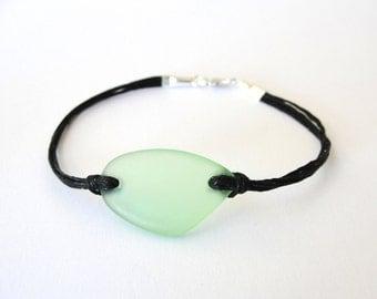 Seaglass bracelet Green Beachglass bracelet Ready to ship jewelry