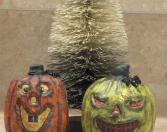 Paper mache Set of 2 Halloween Pumpkins