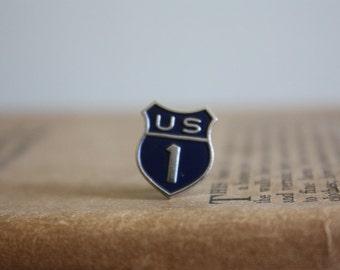 Vintage U.S. 1 Pin