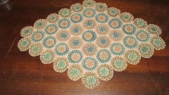 Traditional Vintage Style Wool Penny Rug Candle Mat FAAP