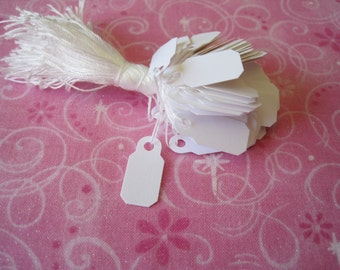 100 White Tags, Hanging Tags, Jewelry Price Tags, Price Tag, Small Hang Tags, Tags with String 1/2 x 7/8