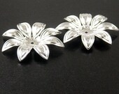Silver Bead Cap 6 Shiny Silver Flower Filigree Victorian 8 point 28mm (1143cap28s1)