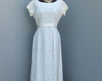 Vintage Emma Domb White Lace Wedding or Bridesmaid Dress / Prom/Party Dress