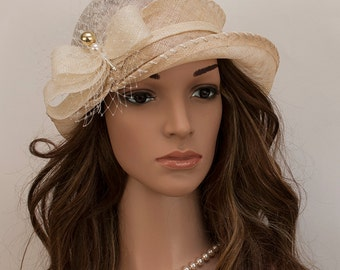 Champane gold, beige vintage style cloche hat for women