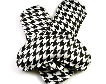 Feet Heat Packs with Eye Pad, Microwave Heating Pads or Cold Packs, Aromatherapy Rice Flax, Black White Houndstooth
