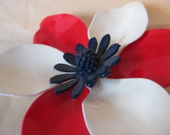 Flower Red White Blue Brooch Plastic Vintage Pin