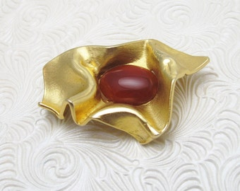 Modernist Brooch Brushed Gold Tone Carnelian Vintage Jewelry P6053