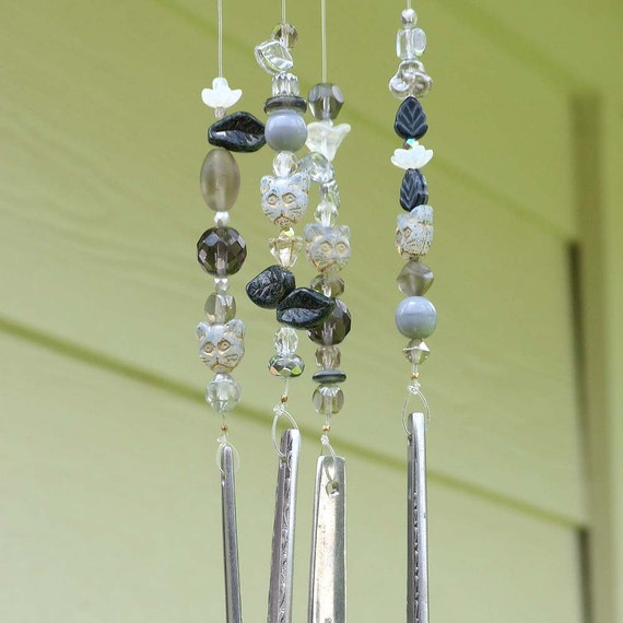 Flatware wind chime recycled silverware wind by elisaalvarado for Wind chimes out of silverware