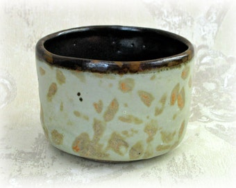 Japanese Tea Cup or Yunomi  in Pale Jade and Brown