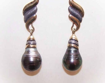 ESTATE Sterling Silver Vermeil & Baroque Black Pearl Drop Earrings
