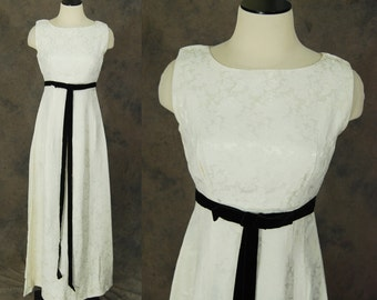 CLEARANCE vintage 60s Wedding Dress - White Floral Brocade Wedding Gown 1960s Black and White Wedding Dress Sz S