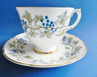 Royal Grafton Teacup, Royal Grafton Bordeaux, Purple Grape Teacup, 1950s Royal Grafton Tea cup, no36