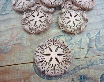Vintage Copper Filigree Stamping with Patina and Inset for Stone Setting 30mm (1)