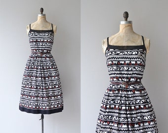 World Traveler dress | vintage tribal print sundress • Lanz 80s does 50s dress