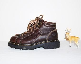 Vintage Boots Dr. Martens Chugga