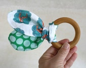 Fleeting Foxes - Organic Baby Teether - Natural Wooden Ring - Organic Fabric - Eco-friendly Wood Toy