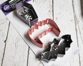 Wilton Vampire Halloween Cookie Cutter Set 3 Piece
