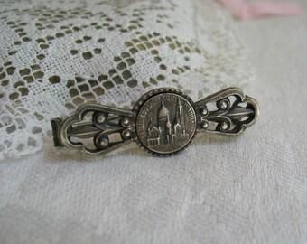Antique Grand Tour Souvenir Brooch in Silver Sacre Coeur/Paris France