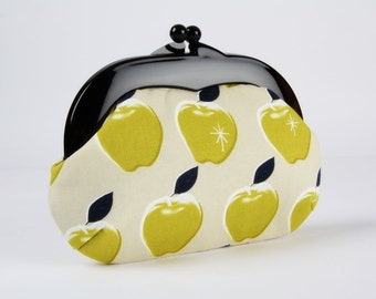 Plastic frame purse - Apples citron - Gamaguchi medium / Black kisslock purse / Cotton and Steel / Picnic / Denim blue green grey white