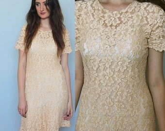 romantic morning -- vintage early 90's cream lace dress size S/M