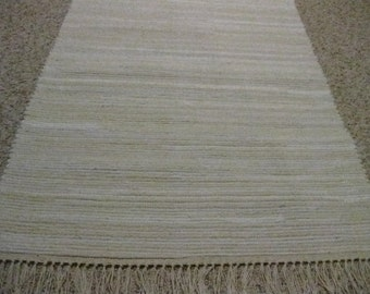 Handwoven Off White Rag Rug 25 x 59 (M)