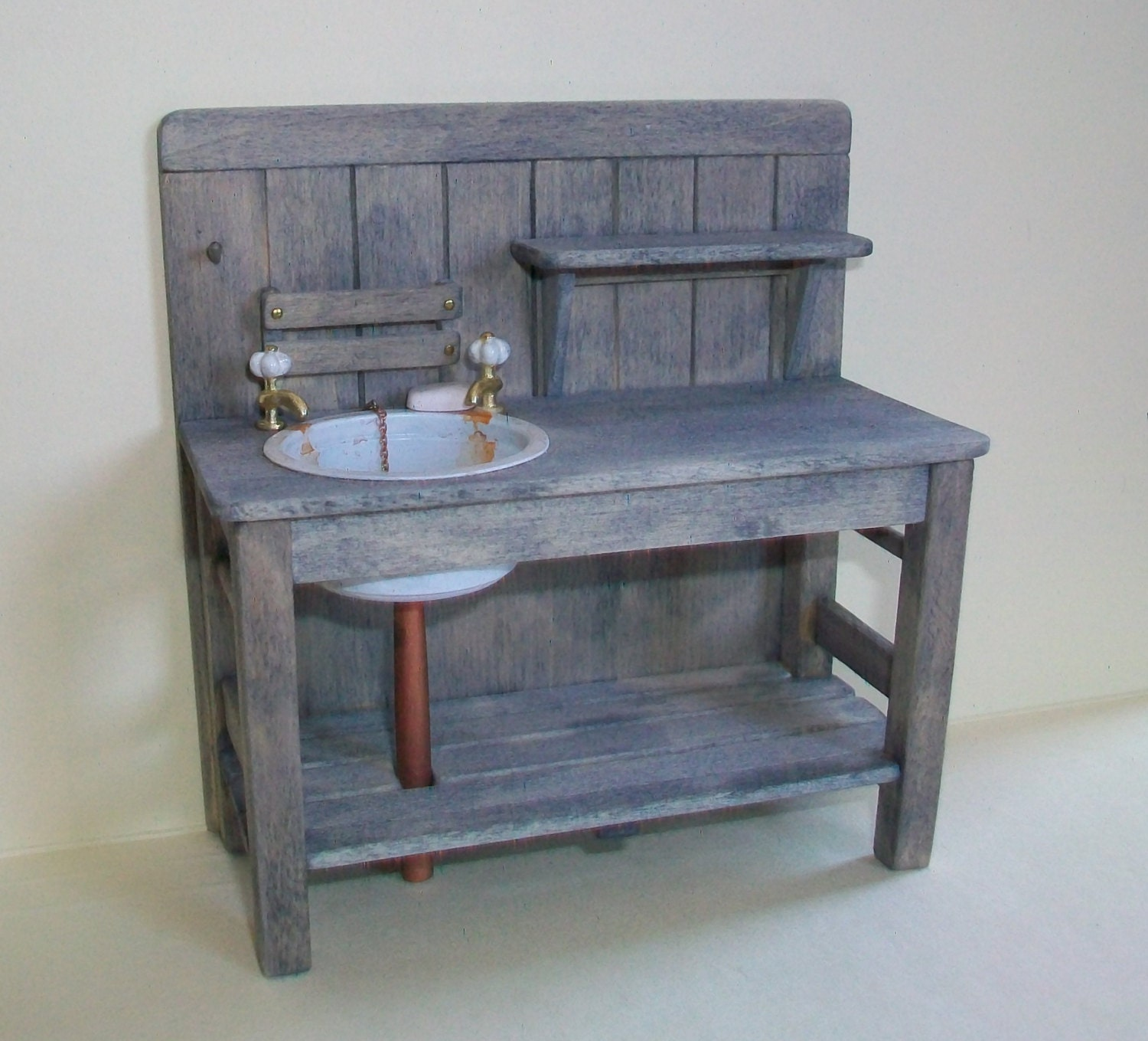 Potting Bench And Sink 1 12 Scale