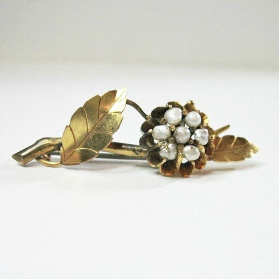 Antique Victorian Pearl Flower Brooch - Buttercup Setting - Antique Jewelry - Flower - 1880s - Natural Baroque Pearls