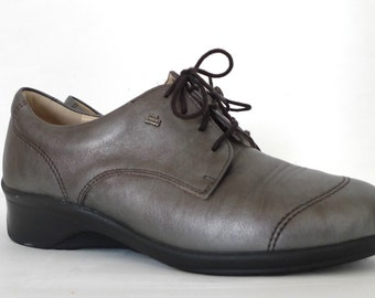 Metallic Grey Oxford Laceup Shoes Gumetal Pewter Leather US Sz 7.5 Men 8.5 Women Retro Boho Chic Annie Hall Platform Brogue VTG 80s Sneakers