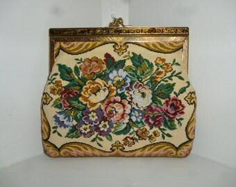 Vintage 50's - Floral - Tapestry - Embellished - Etched Gold Tone Metal Frame - Clutch - Handbag -  Size 7.5 x 5.5 x 1